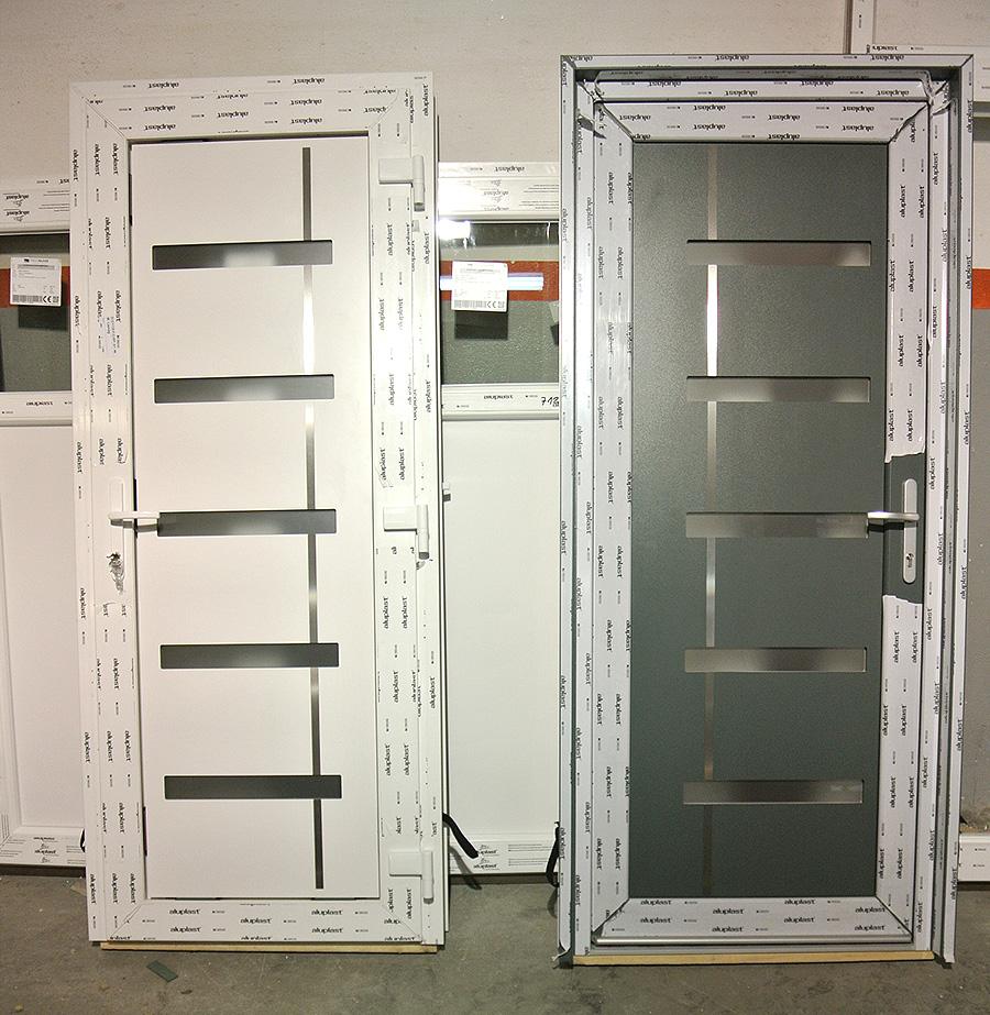 Eingangstüren weiss-grau