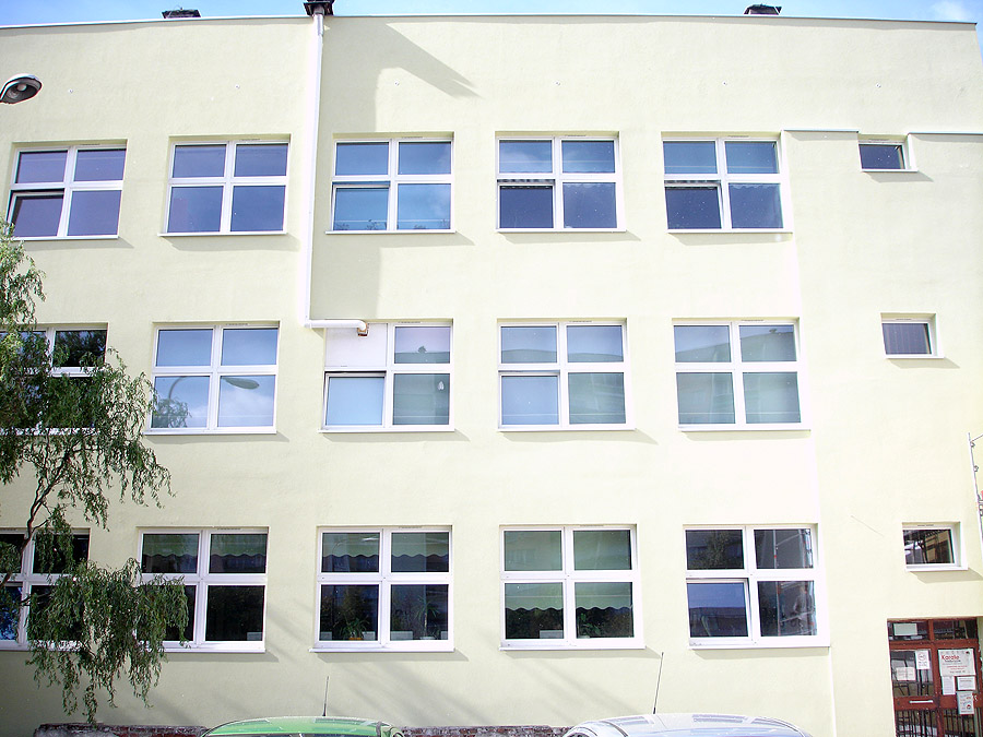 178 Fenster MIROX ID 4000 in der Grundschule Nr. 44 in Lodz
