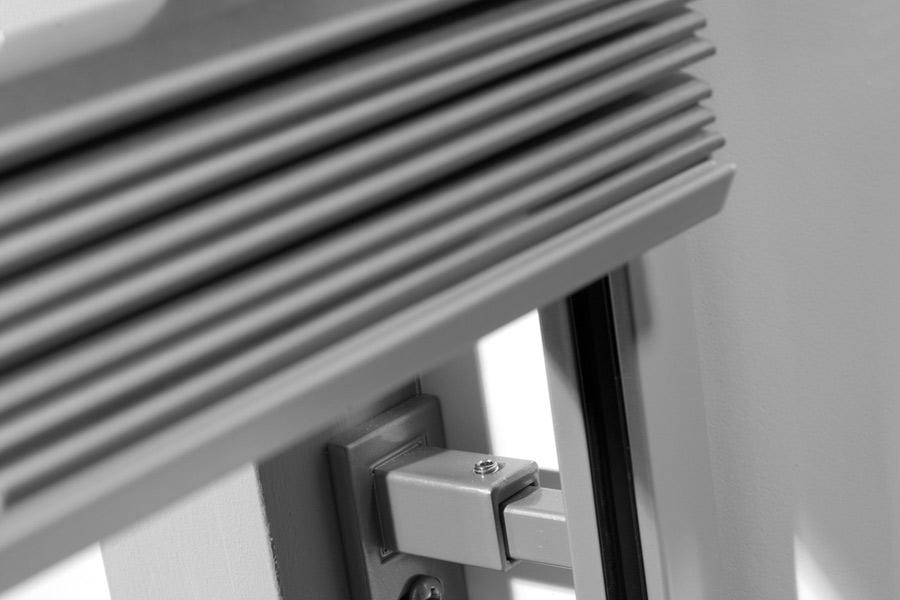 au enjalousien mirox pvc fenstern und t ren aus polen. Black Bedroom Furniture Sets. Home Design Ideas
