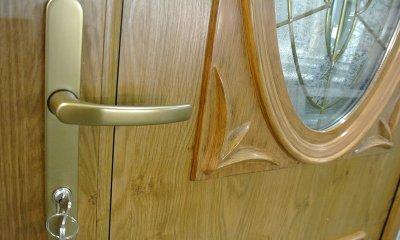 Eingangstür PVC in der Farbe: beidseitiger Winchester