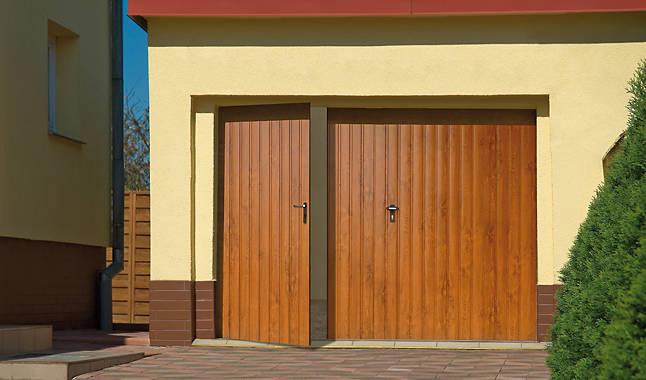 zweifl gelige tore aus polen mirox mirox pvc fenstern und t ren aus polen. Black Bedroom Furniture Sets. Home Design Ideas