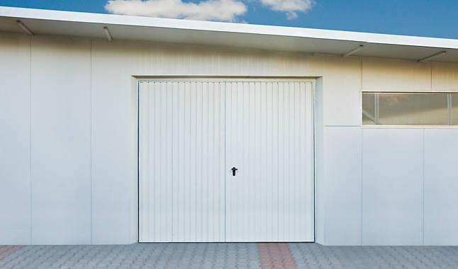 Garagentor Zweiflügelig Kunststoff : zweifl geliges garagentor kunststoff nabcd ~ Watch28wear.com Haus und Dekorationen